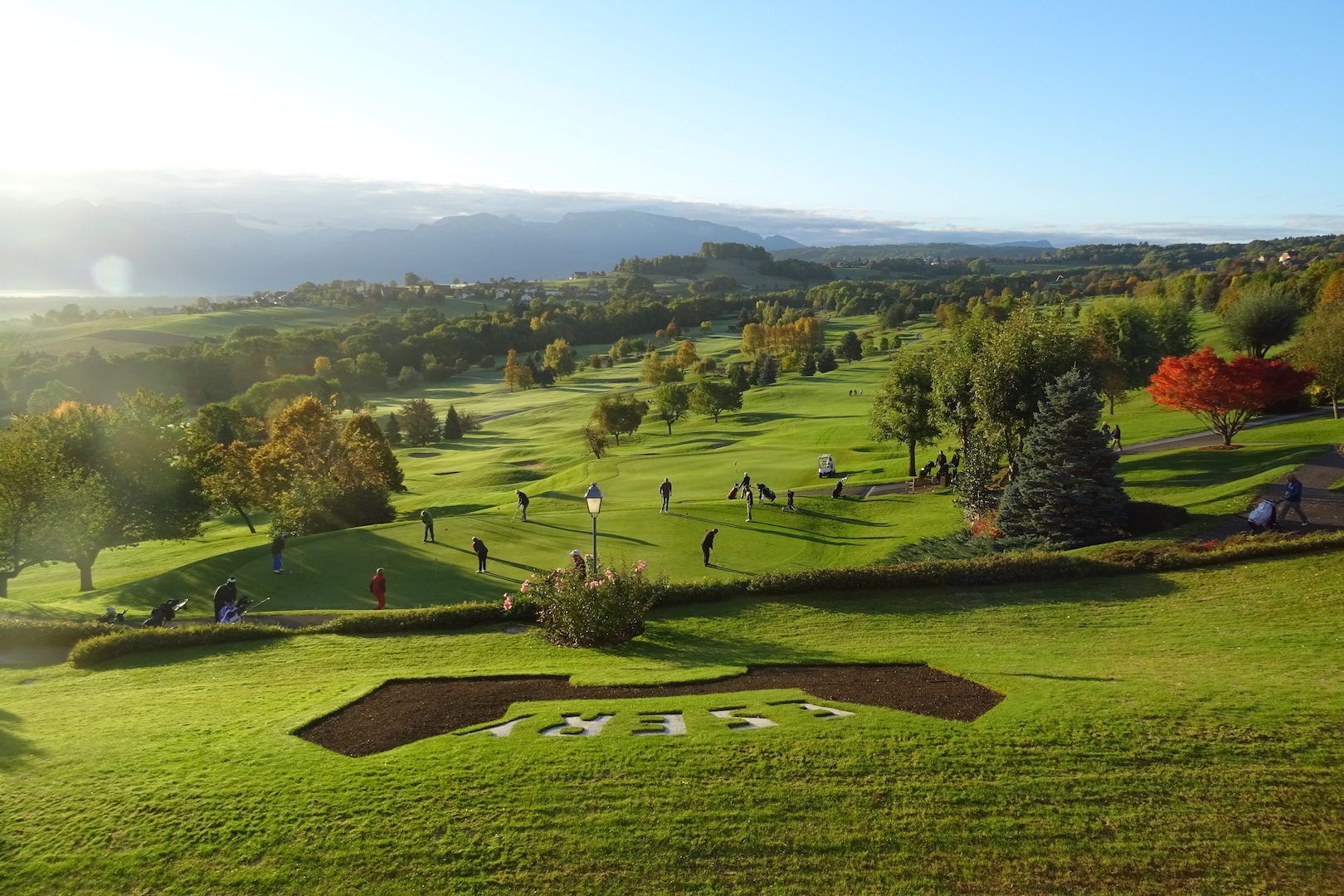 Un panorama exceptionnel depuis la terrasse du club-house