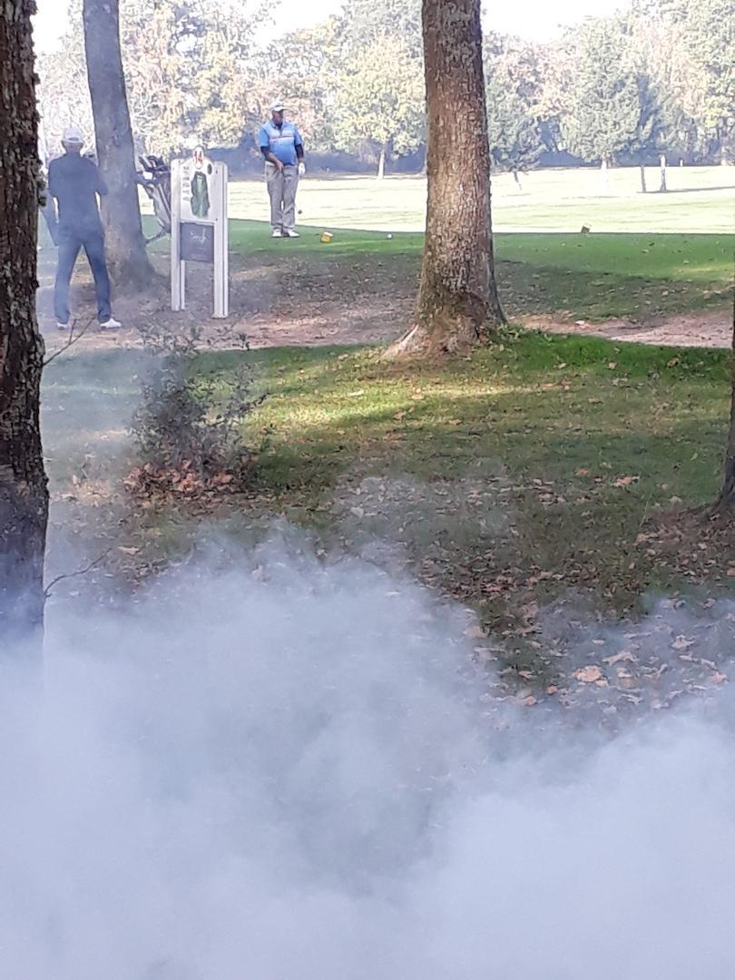 Depart de gerard au n 14 en pleine fumee