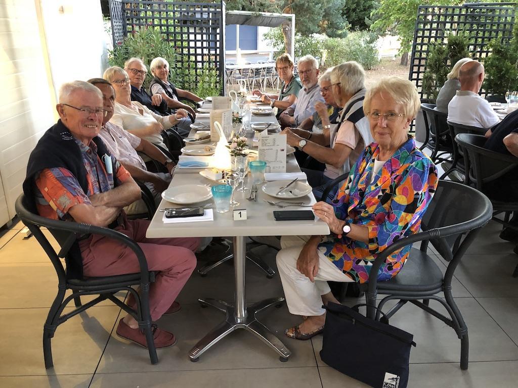 Le dîner au Jardin des Délices