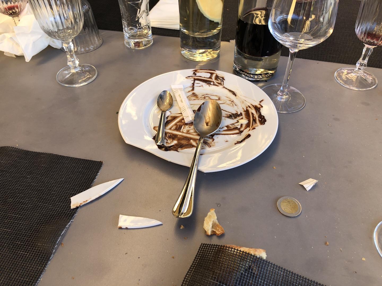 C'est pile, donc ce sera le Verger et une assiette cassée!
