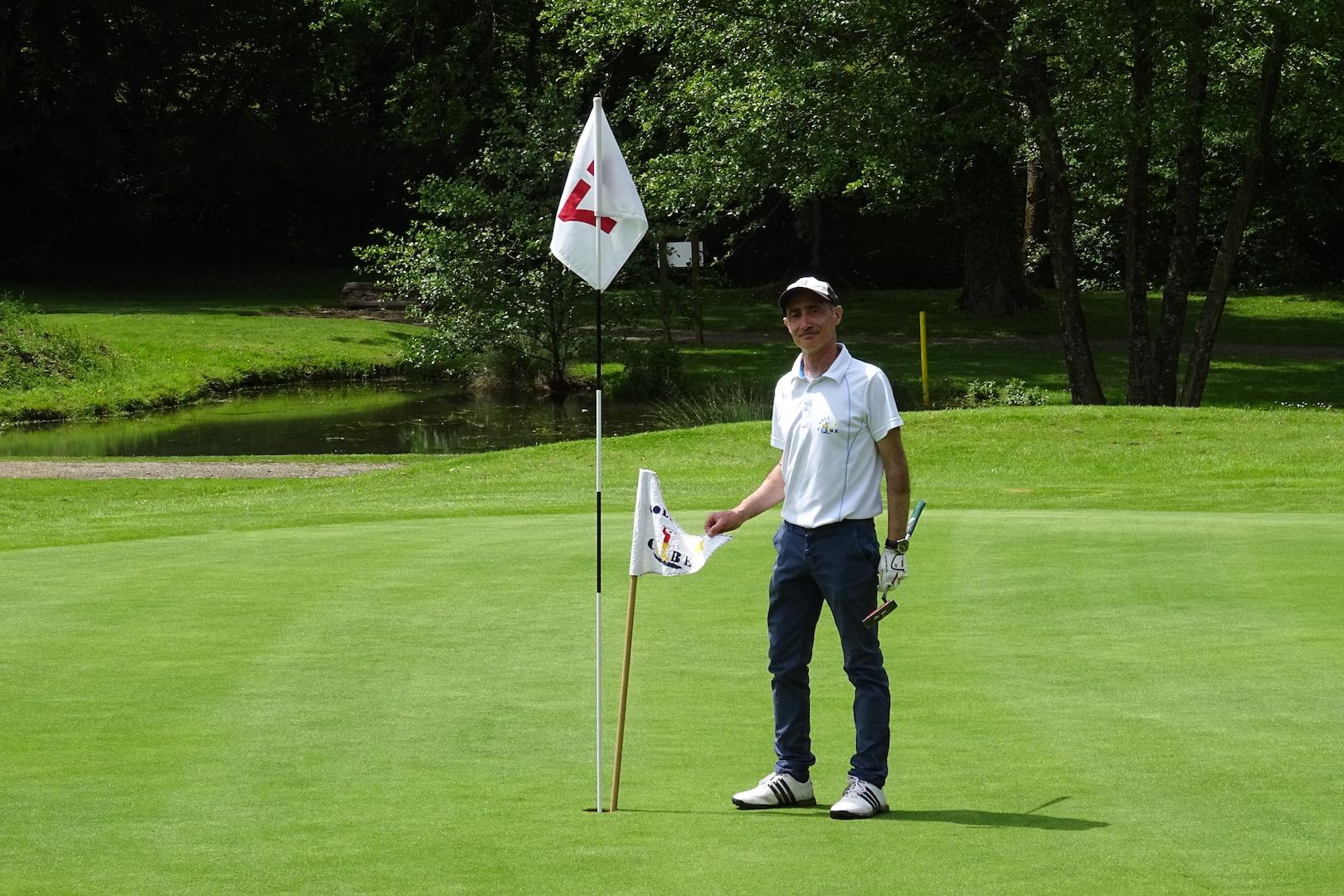 Christophe Quinton plante le drapeau