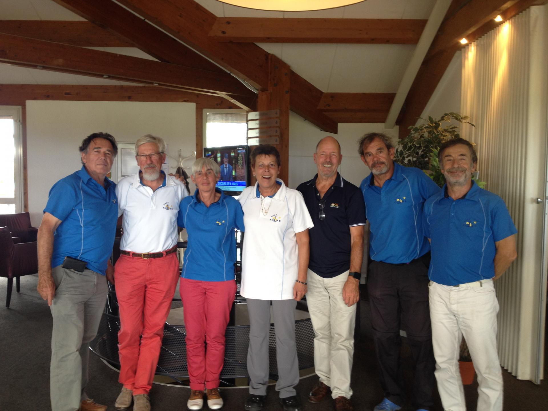 L'équipe COBE sans Quentin, avec l'organisateur Pierre ROLLAND